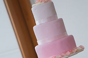 the wedding cake © Erika's Way Photography