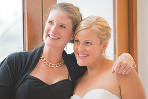 Bride and a friend © Erika's Way Photography