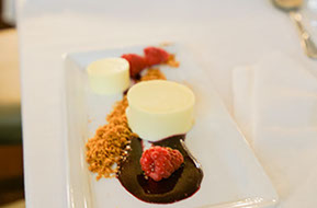 the dessert. Wild Dog Winery Weddings © Erika's Way Wedding Photography