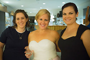 Bride and relatives © Erika's Way Photography