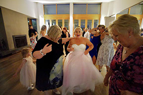 Mum and Bide dancing © Erika's Way Photography