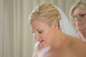 Mum and Bride before the Wedding © Erika's Way Photography