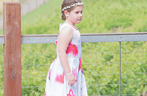 Beautiful young girl at the wedding © Erika's Way Photography