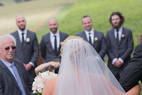 Wedding at Wild Dog Winery: the arrival of the Bride. © Erika's Way Photography