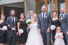 Group Photo @Wild Dog Winery © Erika's Way Wedding Photography