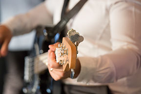 Detail of the band playing at the wedding © Erika's Way Photography
